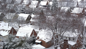 http://dzineblog.com/wp-content/uploads/2011/09/24-snow-covered-suburb.jpg